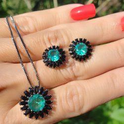 Conjunto brinco e colar Sun com zircônia negra e turmalina em banho de ródio negro